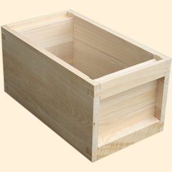 National Assembled, 6 Frame Hive, Standard Deep Box